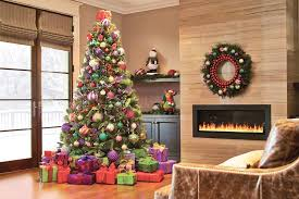 Holiday Garland & Wreaths