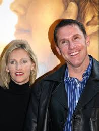 the notebook author nicholas sparks wife cathy split after  nicholas sparks wife cathy split