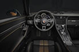 2018 porsche turbo.  turbo di dalam kokpitnya didesain diluar kebiasaan dua garis berwarna golden  yellow memanjang di bagian kabin juga menyelaraskan dengan sandaran kepala dan  on 2018 porsche turbo o