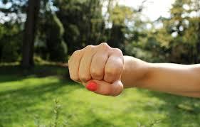 Die Top 10 Strategien Wie Man Mit Aggressiven Menschen Umgehen Kann