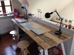 Idee Per Ufficio In Casa : Arredo ufficio con pallet e alcune soluzioni originali fai da te