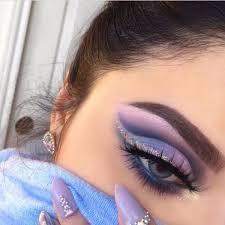 blue lilac eyeshadow look