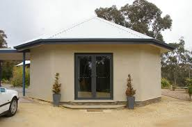 4. DAYLESFORD VICTORIA – Huff 'n' Puff Strawbale Constructions