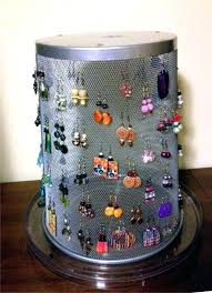 earring display this is a mesh trashcan on lazy diy stand