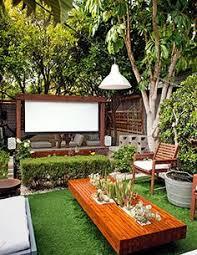 Home Backyard Movie ScreenMovie Backyard