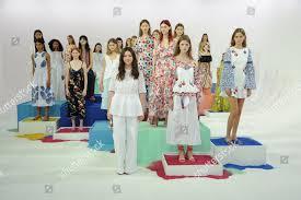 Fashion Designer Taylor Fashion Designer Tanya Taylor Models Nails By Editorial