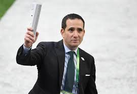 eagles howie roseman traded up in order to draft a former rugby player