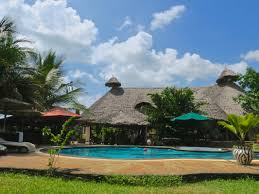 Diani Backpackers Review | Diani Beach | Kenya - Wade and Sarah