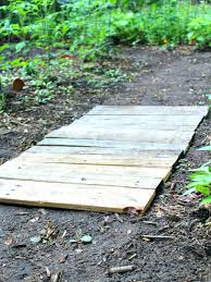 wooden walkways for garden easy wood pallet garden walkway the homespun hydrangea wooden walkways for garden wooden walkways for garden