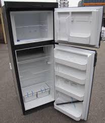 refrigerator 8 cu ft. refrigerator - 8 cu ft rh black 6/pk w/fan e