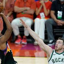 Basketball-Profiliga: NBA-Finals: Phoenix Suns führen gegen Milwaukee Bucks  2:0