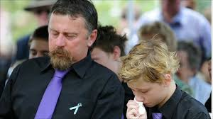 Australian floods: Funeral of boy 'hero' Jordan Rice - BBC News