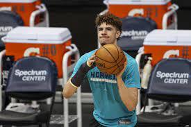 Wrist Injury for Hornets vs. Pistons ...