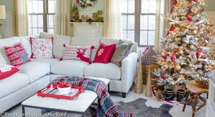 decorating with christmas pillows