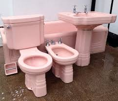 Stunning Pink Art Deco Bathroom Suite - Rare and complete set with Bath,  Toilet, Pedestal Sink, Bidet and loo roll holder!