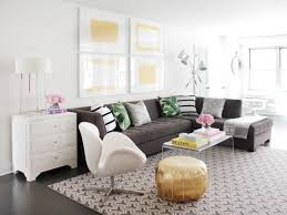 Sectionals In Living Rooms 12 Living Room Ideas For A Grey Sectional Hgtvs Decorating