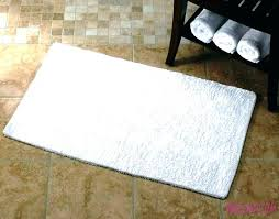 fluffy bath rugs fluffy bathroom rugs thin bathroom rugs bathrooms mats bathroom bath mats thin bath