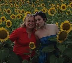 meet mihaela stan of diana s flowers in