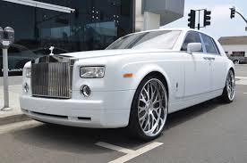 rolls royce phantom white with black rims. rolls royce phantom white with black rims o