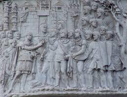 Дипломы древнеримских ветеранов Военно исторический портал   Траян обращается к своим войскам Рельеф Колонны Траяна в Риме начало ii в