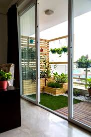 Balcony makeover - English by Studio Earthbox