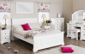 White furniture bedrooms Cottage Designed Shabby Chic Bedroom Furniture Sets Gives Simplicity And Elegant Look Designinyou Designed Shabby Chic Bedroom Furniture Sets Gives Simplicity And