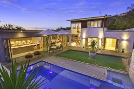 u shaped house plans with pool in middle