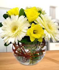 ... Easter Flower Arrangements To Make Fresh Elegant Flower Bouquet  Decorating Easter Flower Arrangements With Peeps ...