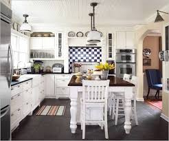 Colonial Remodeling Custom Decoration