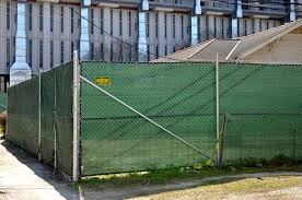 custom chain link fence privacy screen