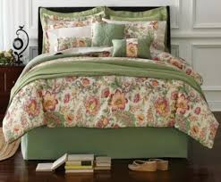 image of bedding sets with matching curtains and bedspread