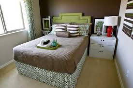 Best Life Hacks to Decorate Your Small Bedroom - Hideaway Beds