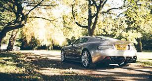 Vanquish Oder Dbs Welchen Aston Martin V12 Soll Man Jetzt Kaufen Classic Driver Magazine