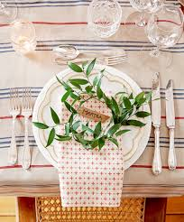 Christmas Table Setting 35 Diy Christmas Table Decorations And Settings Centerpieces
