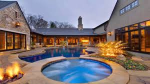 house plans with central courtyard pool
