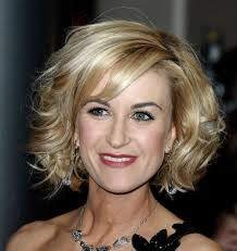 Short Wavy Curly Hairstyles If Youve Straight Blonde Hair And Are In The Mood For Something
