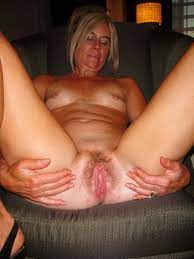 Mature Hairy Solo Squirt