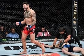 UFC 264 video: Ilia Topuria brings ...