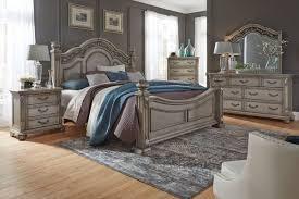 3 piece queen bedroom set.  Set Messina 3Piece Queen Bedroom Set With 32 And 3 Piece