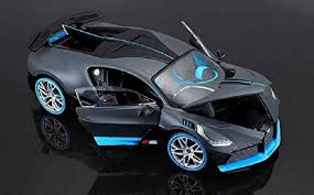 Extremely detailed interior and exterior. New 1 24 Maisto Bugatti Divo Door Bonnet Open Close Car Model Matt Grey Blue Diecast Toy Vehicles Contemporary Manufacture