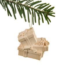 Christbaumschmuck Geschenkspakete Holzschnitzereien Und