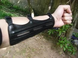 """Résultat de recherche d'images pour """"tir arc bracelet"""""""