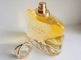 estee lauder beautiful belle eau de parfum spray feature
