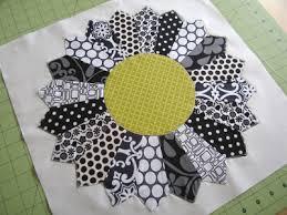 Dresden Plate Quilt Pattern Classy Dresden Plate Block SewAlong Sew Mama Sew