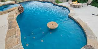 swimming pool builder pool contractor