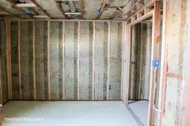 insulating and framing a basement