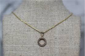 14kt yellow gold diamond circle pendant