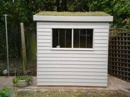 garden office pod brighton. sedum green roof front garden office pod brighton