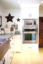 can you tell me the make of wall oven microwave combo inside and design lg black