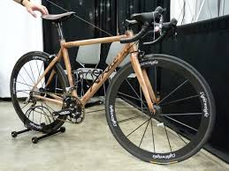 nahbs 2016 kirklee bicycles carbon fiber road bike painted to look like real wood